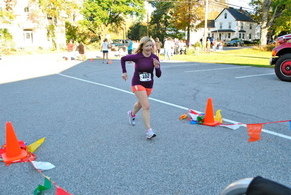 Paula Sawyer finishing, photo by Judy Adams